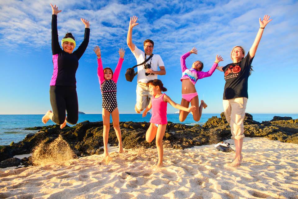 Fun at Galapagos' beach