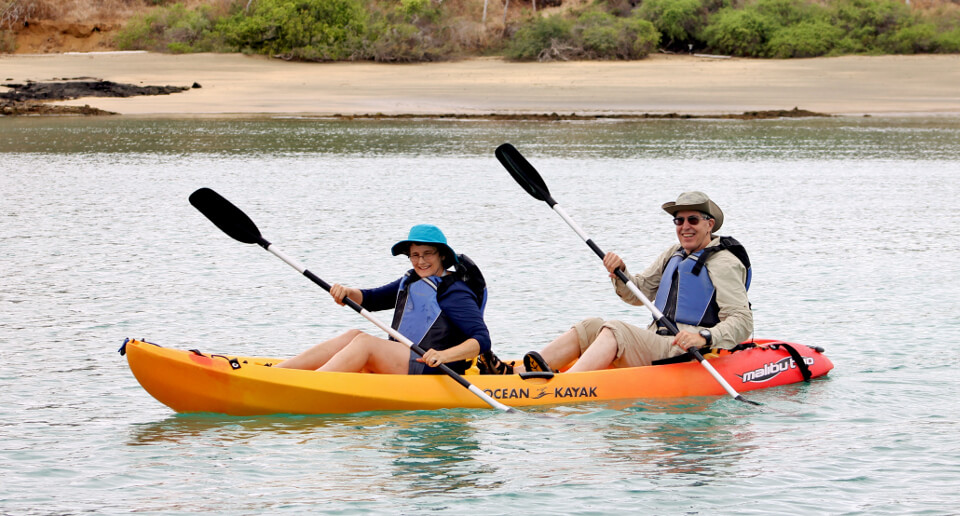 Galapagos islands activites: kayaking