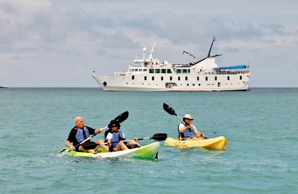 Galapagos islands activities: kayaking