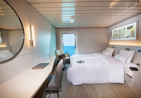 Luxury twin cabin at Yacht La Pinta