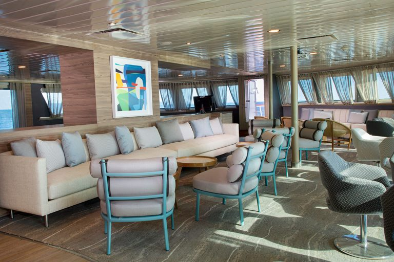 Yacht La Pinta's renovated bar lounge