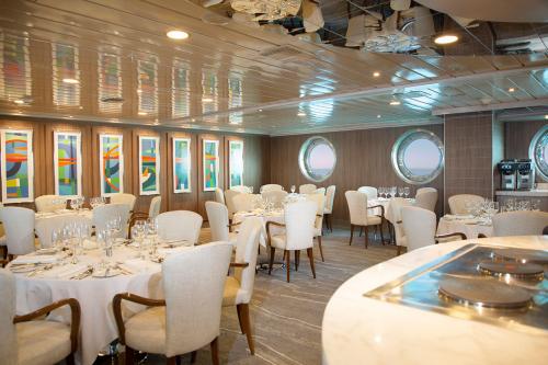 Yacht La Pinta's restaurant