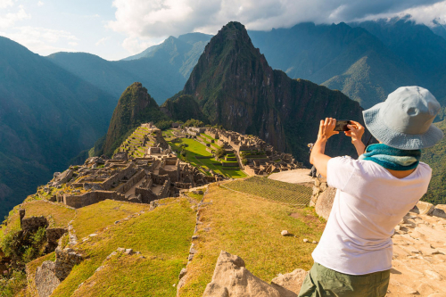 Travel and visit Machu Picchu